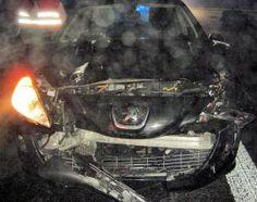 Bilder zum Unfall nahe Contwig – Autofahrerin rast ungebremst in Auto mit Anhänger