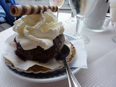 "Tartuffo del restaurant ""Tre Scalini"" de la Piazza Navona de Roma... MMMMM!!!"