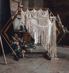 modern boho chic macrame wedding arch ideas boho wedding Boho Chic Macrame Wedding Ideas to Love - EmmaLovesWeddings Diy Wedding Backdrop, Diy Backdrop, Ceremony Backdrop, Wedding Decorations, Arch Decoration, Modern Boho, Macrame Modern, Boho Wedding, Wedding Altars