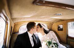 Wedding Car Bride and Groom | photography by http://tecpetajaphoto.com/