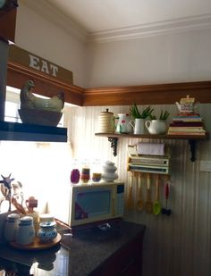 home tour kaizad dinshaw s small apartment in mumbai home decor