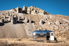 At just 80 square feet, The Kugelschiff is a renovated Airstream Bambi II that now serves as tech entrepreneur Jeff Kleck's tiny home and… Airstream Bambi, Vintage Airstream, Airstream Trailers, Tiny Trailers, Camping Needs, Camping Gear, Light Hardwood Floors, Mobile Living, Metal Siding