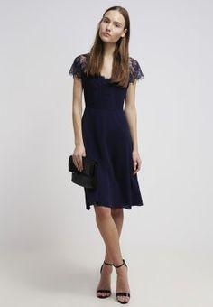 Ein leichtes Kleid für jede Jahreszeit. Louche ALISSA - Cocktailkleid / festliches Kleid - blue für 67,95 € (06.01.16) versandkostenfrei bei Zalando bestellen.