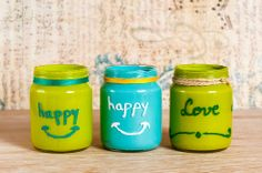Three is never too crowded! 3 baby food jars, transformed into a lovely deco piece.