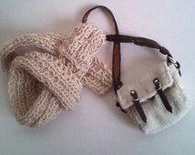 Weiche Creme Hand gestrickte Schal mit einer Tasche für Blythe