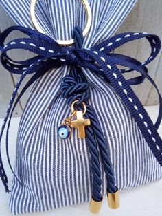 1 million+ Stunning Free Images to Use Anywhere Christening Favors, Baptism Favors, Handmade Gifts For Boyfriend, Boyfriend Gifts, Favor Bags, Gift Bags, Baptismal Giveaways, First Communion Favors, Unique Baby Shower Favors