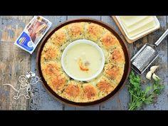 Chifle cu mozzarella foarte aromate (CC Eng Sub) Mozzarella, Weight Watchers Appetizers, Doughnuts, Quiche, Food And Drink, Eggs, Bread, Cooking, Breakfast