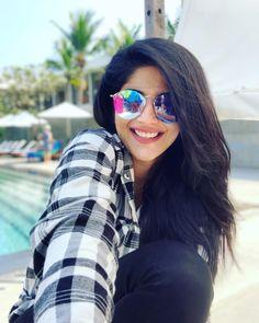 Megha Akash Hot HD Photos & Wallpapers for mobile - Indian Actress Photos, Indian Bollywood Actress, Indian Film Actress, South Indian Actress, Beautiful Indian Actress, Indian Actresses, Actress Pics, Tamil Actress, Bollywood Actors