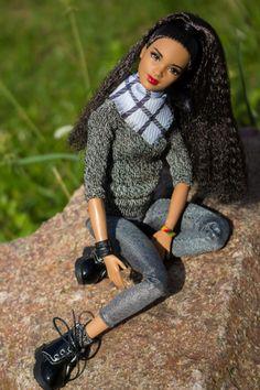 Мои Барбеечки Made to Move и гибриды / Другие шарнирные куклы, не БЖД / Бэйбики. Куклы фото. Одежда для кукол Barbie Dress, Barbie Clothes, Barbie Tumblr, Made To Move Barbie, Fashion Dolls, Fashion Outfits, Barbie Fashionista Dolls, Barbie Diorama, Beautiful Barbie Dolls