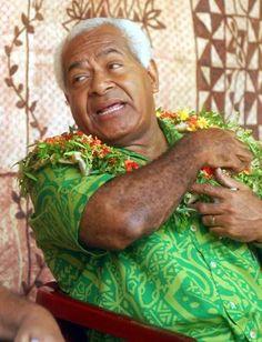 Master Tamani - Draiba Fijian School Fiji, Couple Photos, Couples, School, Couple Shots, Couple Photography, Couple, Couple Pictures
