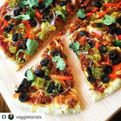 """#Repost @veggietorials ・・・ ""Midnight snackatizer: chorizo. red bell pepper. black olives. red onion. fire roasted green chiles. jalapeño. cilantro. chao cheese."" #veggietorials #veganfoodshare"" Photo taken by @veganfoodshare on Instagram, pinned via the InstaPin iOS App! http://www.instapinapp.com (09/04/2015)"