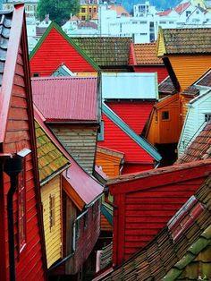 De kleurrijke huizen van Bergen, Noorwegen.