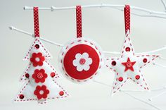 Felt Christmas Decorations Sewing Kit - 3 Pack. £14.00, via Etsy.
