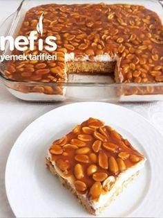 Snickers Cake recipes - Nefis Yemek Tarifleri Snickers Pasta Snickers Pasta in Turkish Recipes, Italian Recipes, Mexican Food Recipes, Pasta Recipes, Cake Recipes, Dessert Recipes, Yummy Recipes, Chicken Recipes, Cake Recipe Using Buttermilk