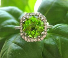 Colors of Spring 2013 Tender shoots #spadelic #pantone I Love Jewelry, Jewelry Box, Jewelery, Jewelry Rings, Fine Jewelry, Peridot Jewelry, Peridot Rings, Gemstone Rings, Turquoise