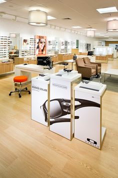 I worked with a team on interior design for a new store concept that would be rolled out into several LensCrafters locations. The color and materials palette is fresh take on the LensCrafters brand and features the sitting area for patients.
