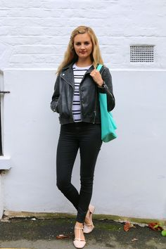 Such a cute and easy outfit Niomi Smart