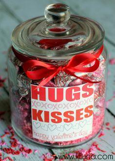 Valentines HUGS and KISSES Jar Gift idea and print on { lilluna.com } #valetines