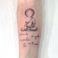 Chakra Tattoo, Simbols Tattoo, Tattoo Hals, Wrist Tattoos Girls, Small Forearm Tattoos, Small Hand Tattoos, Arm Tattoos For Women, Buda Tattoo, Buddha Tattoo Design