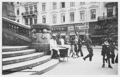 Bd. Elisabeta cu Hotel Bulevard in fundal. In stanga sunt treptele Cercului Militar