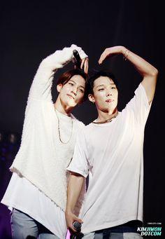 Donghyuk & Bobby iKON
