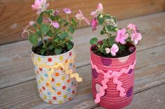Heres a great Spring activity for children. Make a flower pot out of aluminum cans. Mothers Day is less than a month away. Kids love making gifts for mom.