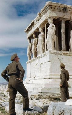 British soldiers admiring the Caryatids on the Acropolis while sight-seeing in Athens, October 1944 - part of an extraordinary collection of rare colour photographs of the Second World War that feature in the new book Bernard Montgomery, British Soldier, British Army, Crusader Tank, Acropolis, Colorful Pictures, World War Two, World History, Greek History