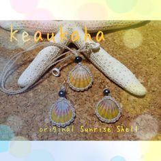 Sunrise shell earrings n necklace