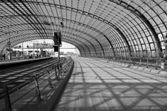 Stations with The Best Architecture : Berlin Hauptbahnhof Station