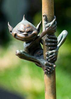 David Goode bronze sculpture at Chelsea 2012 - Garden Statue Fairy Art, Magical Creatures, Land Art, Statues, Sculpture Art, Metal Sculptures, Abstract Sculpture, Garden Sculptures, Garden Art