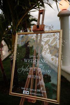 Somos grandes fans de bodas de destino aquí, por supuesto, pero ¡hace esto Ocho Ríos boda wow! Ver más de este destino de boda ahora!