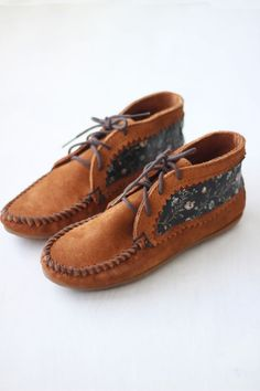 Since 1946, Minnetonka Moccasin has been a staple of American style. Moccasins and more for men and women.