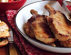 Garlic-Miso Pork Chops with Orange Bell Pepper and Arugula from Epicurious.com #myplate #protein Crockpot French Toast, Skillet Pork Chops, Arugula Recipes, Pork Recipes For Dinner, Scalloped Potato Recipes, Man Food, Sliced Potatoes, Bon Appetit, Delish