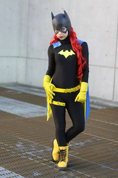 EmberPhantom Cosplay als Batgirl & Batwoman Costume Super Cool Character Costume Ideas http://hative ...