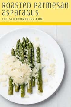 How to roast asparagus - This amazing garlic parmesan roasted asparagus recipe is the best you'll ever eat. Baked on a sheet pan in the oven, it is simple and easy and super healthy. The cheese makes it a perfect side dish for any meal including brunch. Roast Asparagus, Parmesan Asparagus, Asparagus Recipe, Garlic Parmesan, Roasted Garlic, Gluten Free Cooking, Cooking Recipes, Healthy Dishes, Healthy Recipes
