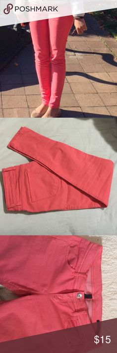 United Colors of Benetton skinny jeans size 30 Pre lived in great condition Slim jeans. Pink color super cute! I'm selling because I lost some weight and they don't fit me well. United Colors Of Benetton Jeans Skinny