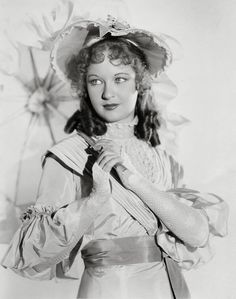 Evelyn Venable * 1919 - 1993 + Golden Age Of Hollywood, Vintage Hollywood, Classic Hollywood, Old Movies, Vintage Pictures, Film Movie, Back In The Day, Movies Showing, Pin Up