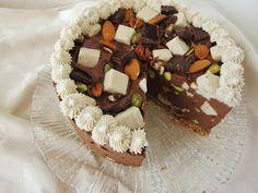 Fragrant Vanilla Cake: mousse - rocky road mousse cake