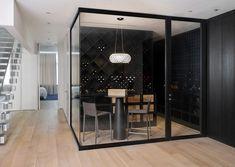 Você pode ter uma adega em casa. Conheça os modelo para cada tipo de ambiente. #adelux