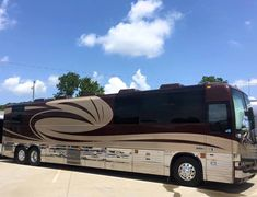 Prevost Coach, Prevost Bus, Fun Travel, Motor Homes, Airports, Coaches, Campers, Planes, Trains