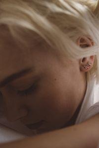 À la boutique Marmier Betina Lou - Boucles d'oreille en or rose - Pilar Agueci - 112$ - fait à Montréal