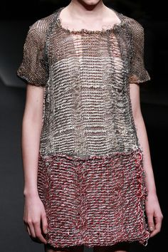 http://www.fashionsnap.com/collection/conny-groenewegen/2013-14aw/gallery/index31.php