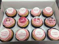 Mean Girls Cupcakes Movie Cupcakes, Girl Cupcakes, Themed Cupcakes, Cupcake Cakes, 18th Birthday Party, Cool Birthday Cakes, Birthday Party Themes, Dog Feeding Schedule, Mean Girls Party