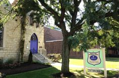 Postively Naperville article about Naperville Woman's Club Open House Photo NWC-entrance