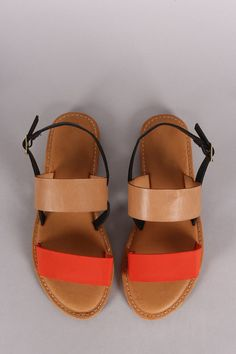 Description This flat sandal features two tone color, double band across vamp, open toe silhouette, and slingback with adjustable buckle closure. Finished with a lightly padded insole. Material: Nubuc