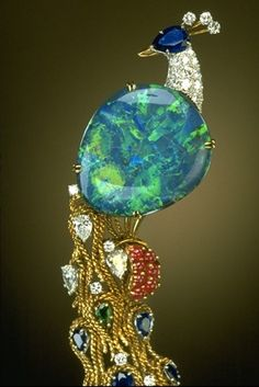 Harry Winston (an opal AND a peacock? It's like he KNOWS me!)