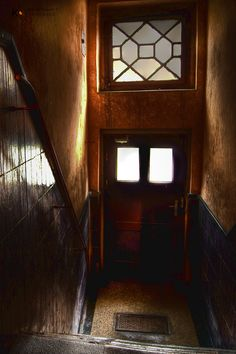 Bytom od środka │ fot. Krzysztof Czarnecki Door Opener, Gates, Doors, Mirror, Home Decor, Decoration Home, Room Decor, Mirrors, Home Interior Design