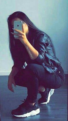 Dpz for girls Beautiful Girl Photo, Cute Girl Photo, Girl Photo Poses, Girl Poses, Picture Poses, Stylish Photo Pose, Stylish Girls Photos, Stylish Girl Pic, Teenage Girl Photography