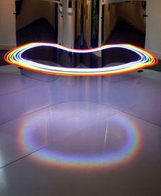 Mirrored Neon Lights Optical Illusion - My Modern Metropolis Interaktives Design, Design Light, Light Art Installation, Art Installations, Neon Licht, Instalation Art, Light Trails, Modern Metropolis, Neon Lighting