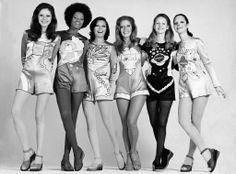 Manequins da Rhodia exibem jérsei brilhante na Feira Francesa, realizada em São Paulo. 22 de setembro de 1971. Correio da Manhã